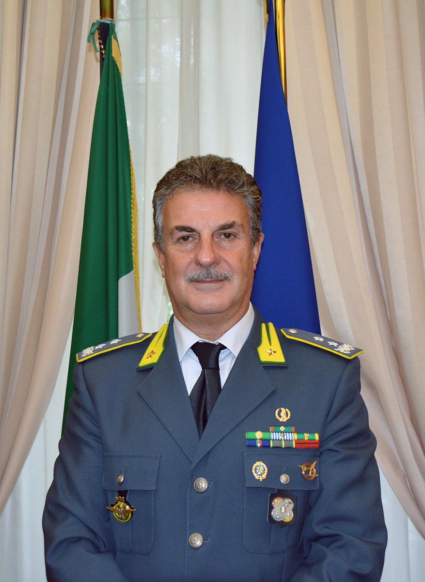 Il generale di divisione della Guardia di finanza Giuseppe Bottillo, Direttore della Scuola